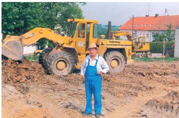 Simon Weichselbaumer mit dem Radlader